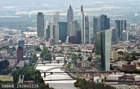 Frankfurt-Main.jpg - 588kB