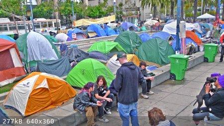 SFO-tents.jpg - 277kB